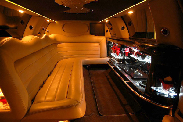 8 Person Lincoln Limo Service San Francisco