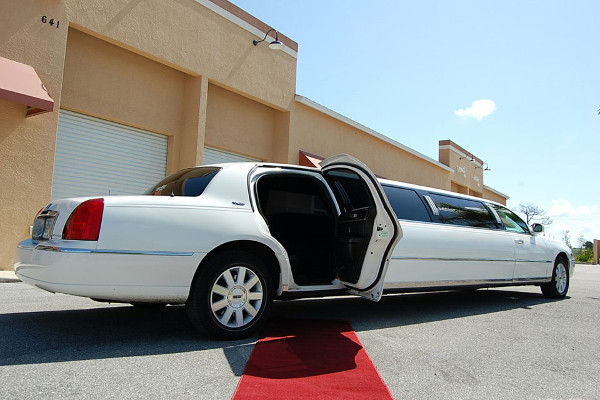 8 Person Lincoln Stretch Limo San Francisco
